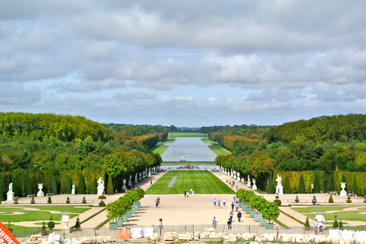Versailles Garden - Paris, France. Two Days in Paris via Smile There's Gin