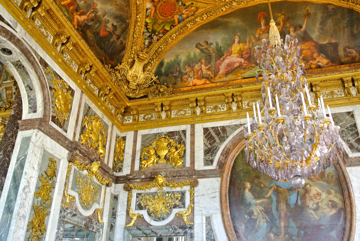 Versailles Palace - Paris, France. Two Days in Paris via Smile There's Gin