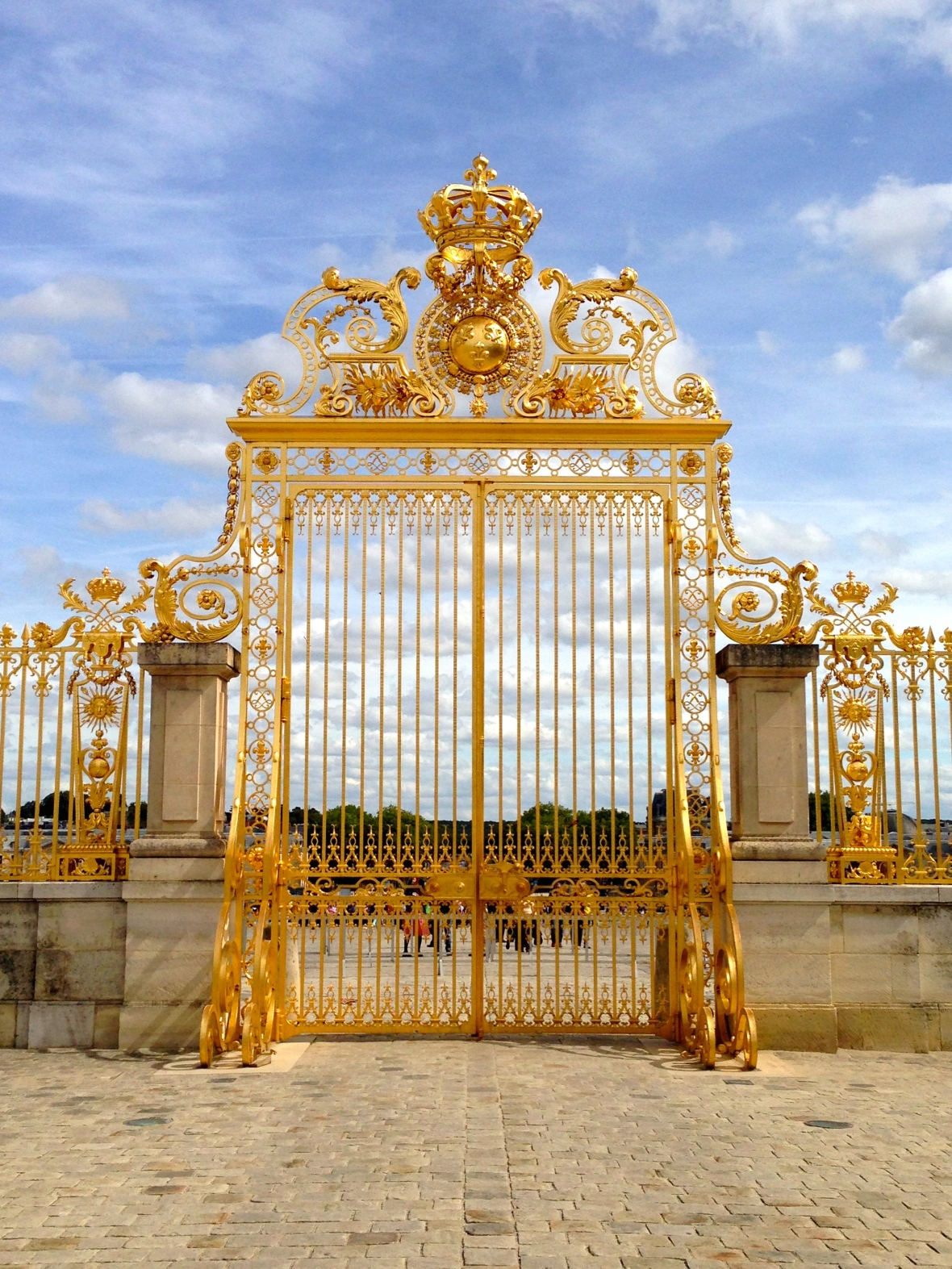 Versailles Gate - Paris, France. Two Days in Paris via Smile There's Gin