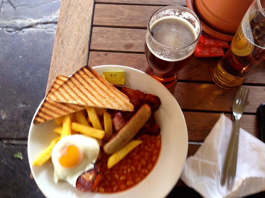 English Breakfast - Dicken Inn Sunday Brunch